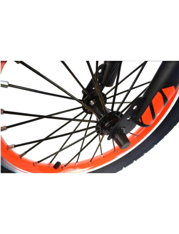 kinderfiets eend oranje wiel
